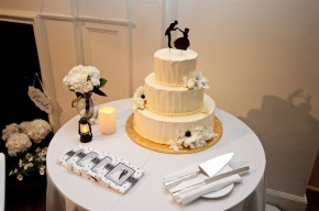 Black and White Wedding Design and Decorations